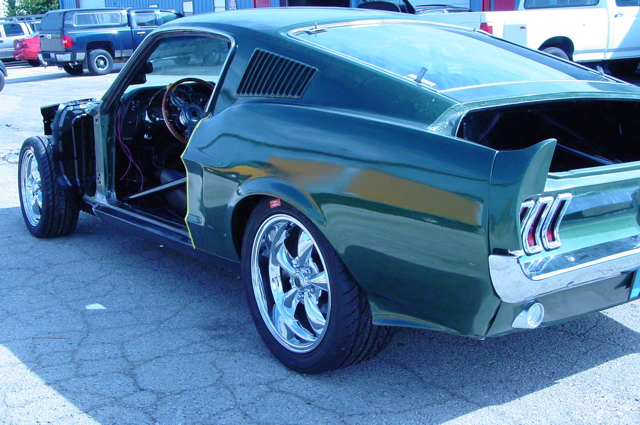 67 Mustang Fastback, 4 speed, 4 link, Tubbed, Roll Cage, Coil Overs